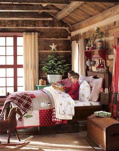 Christmas bedroom. Tabletop tree
