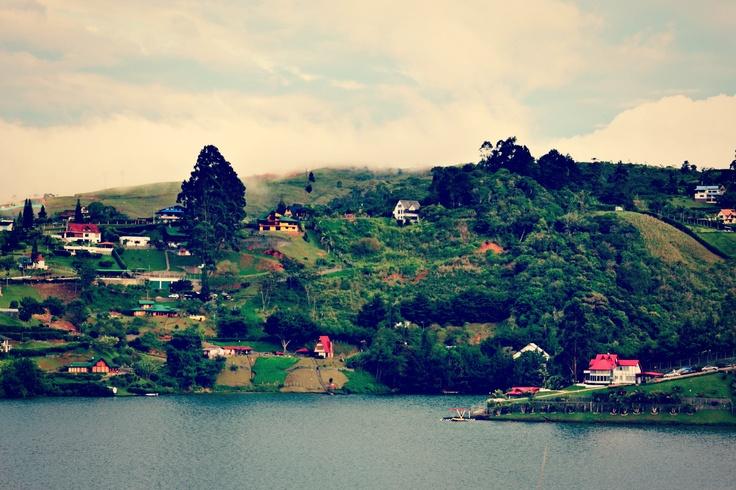 lago calima   Colombia