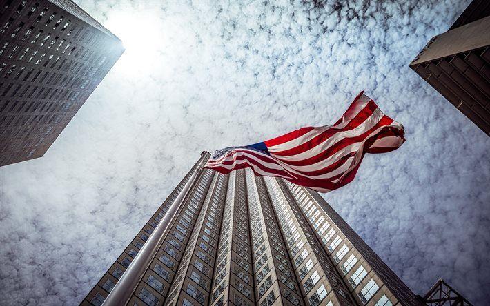 Lataa kuva Miami, Amerikan lippu, pilvenpiirtäjä, Florida, USA
