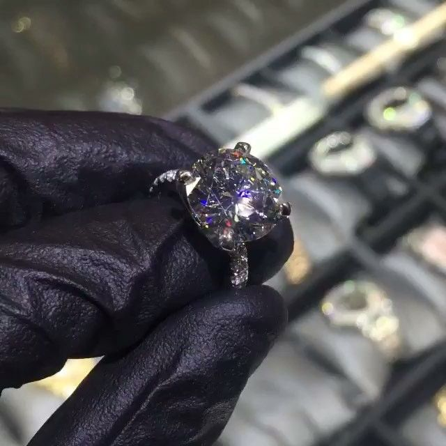 Blac Chyna's engagement ring looks a whole lot like Kim Kardashian's...
