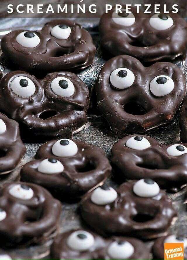 Halloween chocolate pretzels