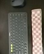 DIY keyboard palm rest using a hand towel