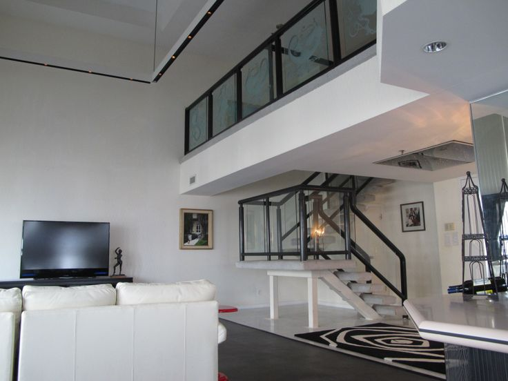 Floor to ceiling wall to wall windows bi level penthouse for Floor to ceiling windows for sale