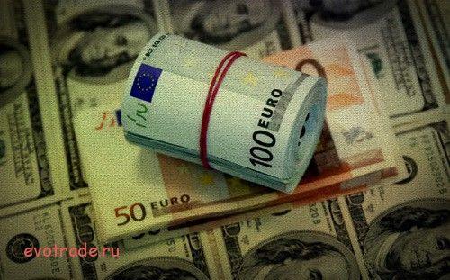 Европейская валюта против доллара продолжает цепляться за поддержку 1,12. Опубликованные на прошлой неделе данные по индексу цен производителей и уровню ин