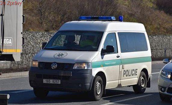 Dálnici D1 u Domašova uzavřela na 2 hodiny nehoda, řidič usnul
