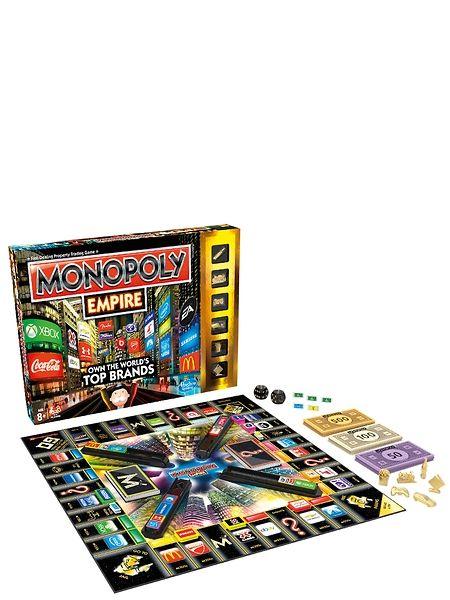 Monopoly Empire -pelissä pääset bisneksen makuun! Osta ja vaihda suuria tuotemerkkejä Coca Colasta Samsungiin ja kokoa ensimmäisenä tornisi täyteen valomainoksia – ensimmäinen voittaa!  Mukana on upeat kullanväriset pelinappulat sekä kultakortteja, joita vaihtamalla voi päästä pitkälle. Kahdelle tai useammalle pelaajalle. Ikäsuositus 8+