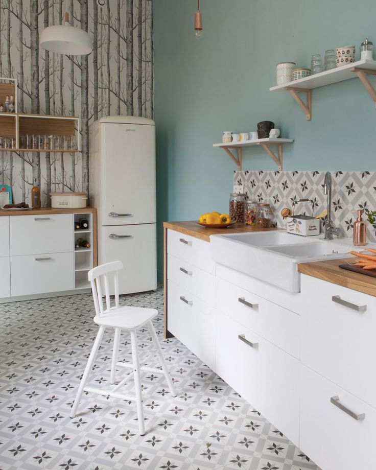 106 best images about 1 ciment tile carreaux de ciment for Deco cuisine carreaux ciment