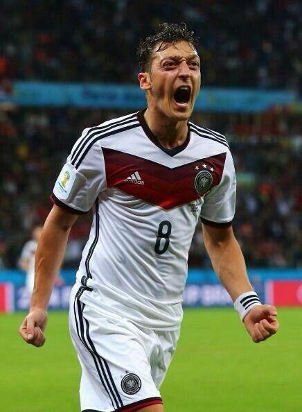 Ozil scores the game winner for Germany against Algeria #worldcup