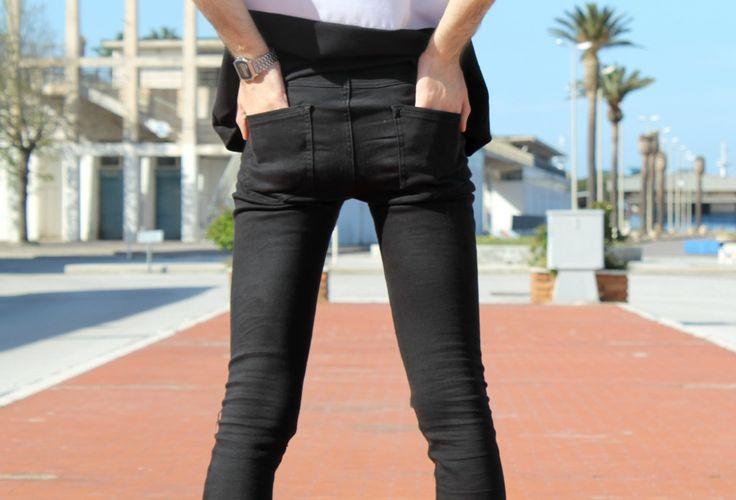 @tallyweijl #fashionseducer #dariovenuti #street  http://www.fashionseducer.com/