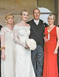 """Peta Reeder-Gibb (daughter of Andy Gibb and Kim Reeder-Gibb) of """"Gamester Staffordshire Bull Terriers"""" married Matt Weber at Curzon Hall on January 19, 2008 It was called the Sydney dog scene's wedding of the year. http://www.nationaldog.com.au/2008/2008-march/page4.pdf"""