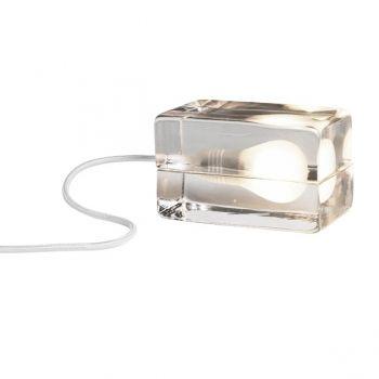 Block-lamppu, valkoinen johto  Valmistaja: Design House Stockholm  Design: Harri Koskinen