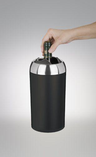 Le rafraîchisseur à vin Blink de Trudeau sans eau ni glace dit stop au dégoulinage. Avec ses deux éléments réfrigérants intégrés, il conserve votre vin à la bonne température sans les dégoulinades ni la condensation des rafraîchisseurs traditionnels. La fermeture et automatique pour garder le vin à la bonne température.  Garantie 5 ans www.thekitchenette.fr/ustensiles-de-cuisine-Trudeau/Rafra%C3%AEchisseurs/Rafra%C3%AEchisseur-%C3%A0-vin-Blink-Trudeau/482 #rafraichir #vin #trudeau #blink