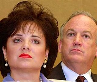NEW REVALATIONS: JonBenet Ramsey's JURY ''We Voted To INDICT Parents But DA Stonewalled''
