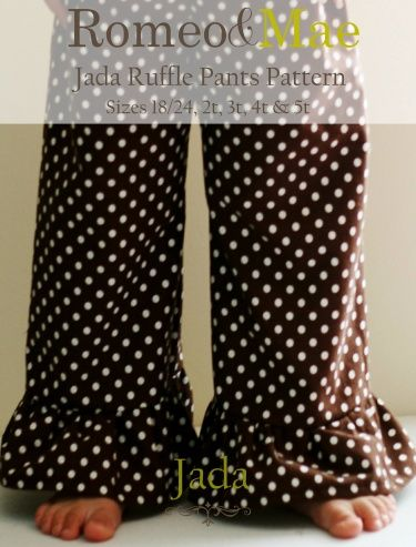 I am obsessed with ruffle pants for E for fall.  Wish I could sew, this is a great pattern.