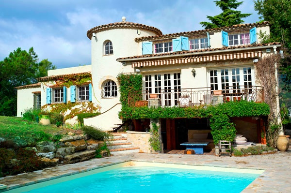 Cannes house with turret