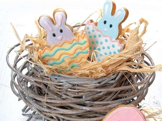 Biscotti di Pasqua: i coniglietti di sugarpaste http://www.arturotv.tv/pasqua/biscotti-di-pasqua