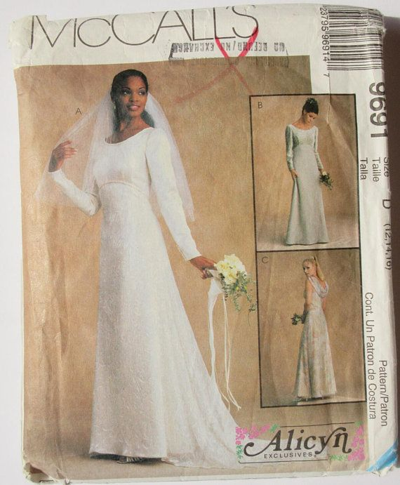 9681 Vintage McCalls SEWING Pattern Misses Evening Formal Lined Dress Gown UNCUT