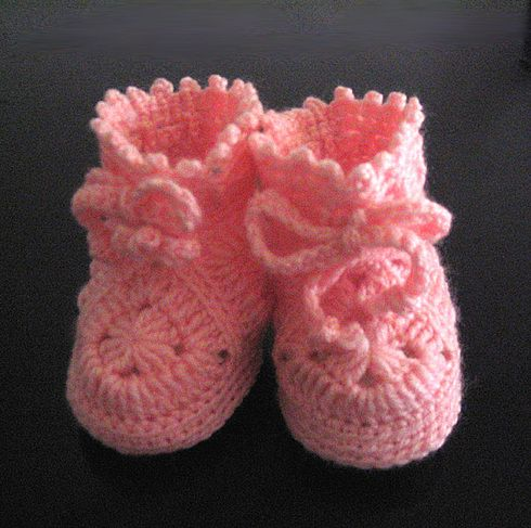 As Receitas de Crochê: Sapatinho de Bebê em crochê