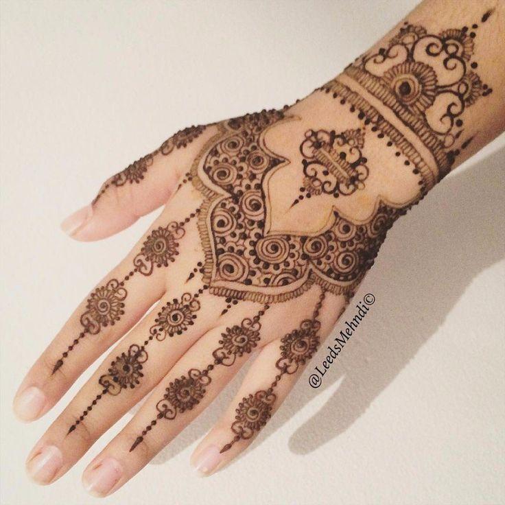 Henna Qaisar Designs Instagram : Best henna mehendi designs images on pinterest