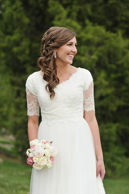 Ever since i was little i 39 ve always loved big flowy poofy for Lds wedding dresses lace