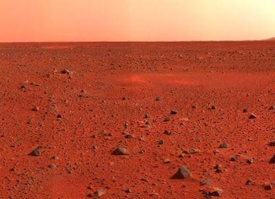 permukaan planet mars yang berwarna merah   SpaceNesia - Nama lain untuk Planet Mars, tidak lain tidak bukan adalah Planet Merah. Dalam ...