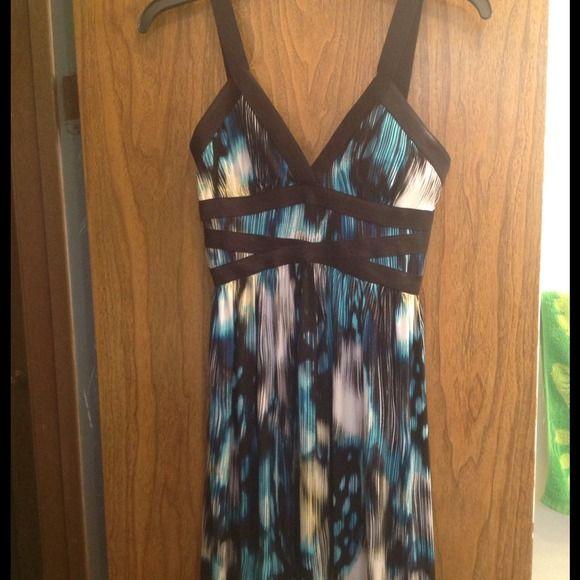 @mleon29 Size XS Sofia Vergara Dress Long size XS Sofia Vergara dress. Worn once. Sofia Vergara Dresses