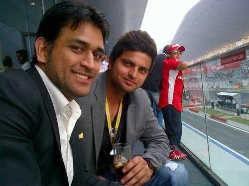 Suresh Raina and Dhoni | Veethi