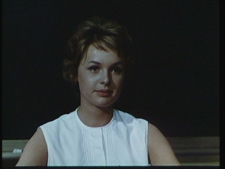 som lærerinde frk. Birk, i Flemming og kvik fra 1960.