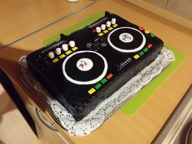 Dj Torte Mischpult selber machen   Bin da wer noch #dj #Mischpult #torte #selbermachen #bindawernoch