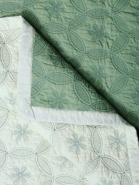 Green-Ivory Cotton Reversible Thread Embroidered King Size Quilt 106in x 102in