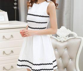 Sweet Round Neck Sleeveless Dress