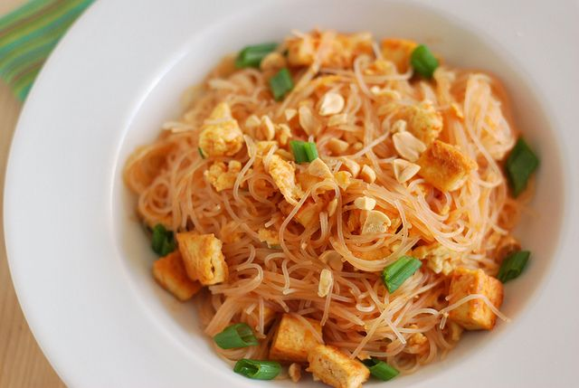 Tofu Pad Thai | Recipes for all occasions! | Pinterest