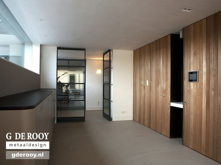 http://www.stalen-binnendeuren.nl/voorbeelden-stalen-deuren/28-stalen-schuifdeuren-nijmegen