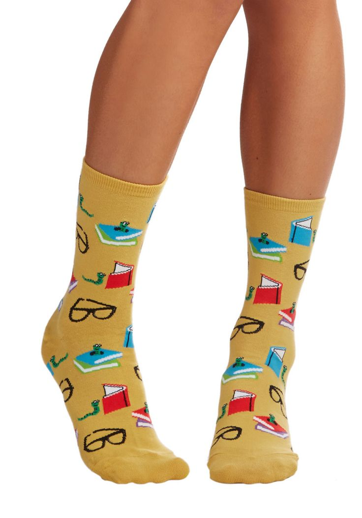 Curl Up With a Good Bookworm Socks