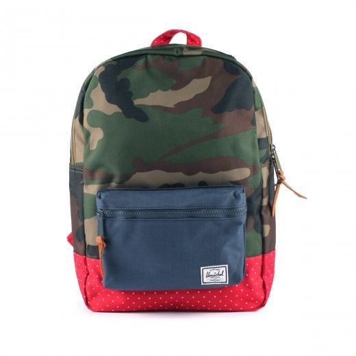 LOOOOVE it ! http://www.littlefashiongallery.com/fr/enfants/filles/mode/cartables-sacs-trousses/backpack-youthwoodland-camo-navy-red-polka-dot-multicoloured-herschel-perm/