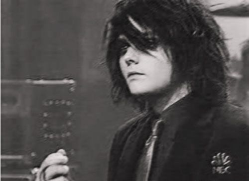 Gerard Way>>I wish my hair looked that hot when I didn't brush it for three days