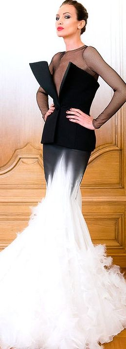 Stephane Rolland Couture FW 2014 - 2015  jaglady. Exquisite, TG