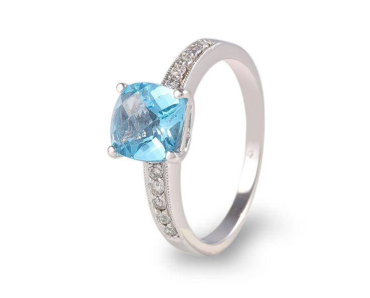 Anillo de compromiso con topacio azul. Anillos Piedras naturales y semipreciosas