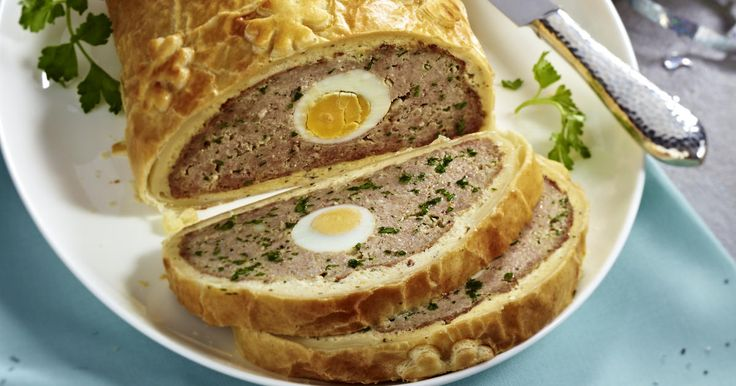Ground Beef Wellington with Chili Dip
