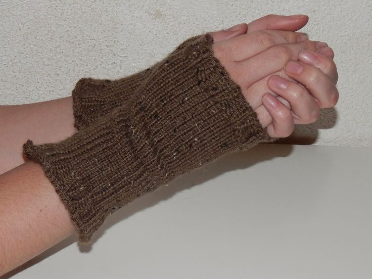 Knitting Mittens On A Loom : Best images about knifty knitter and loom knitting on