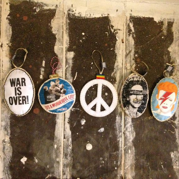 5 Decorations for 25 GBP War is Over Its a by SHERWOODMADEUK