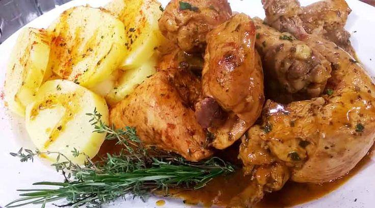 Pollo al salmorejo con papas al perejil
