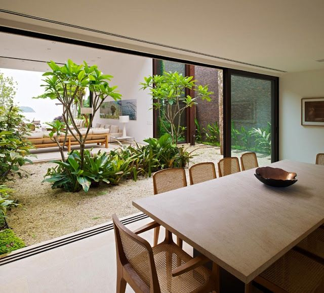 Dining room amongst nature #diningroom #landscaping - PATIO INTERNO