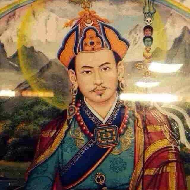 Guru Rinpoche / looking sort of chinese.