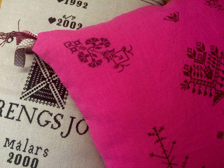 Linen cross stich embroideried pillows