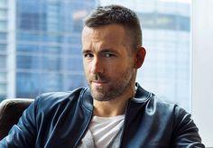 Cabelo curtinho e despenteado - Ryan Reynolds