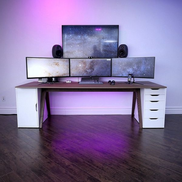 minimalsetups:  Them pixels. Source: @unboxtherapy Follow Minimal Setups on Instagram.