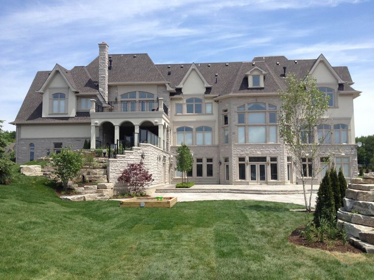 Stunning Custom Built Home By Fourteen Estates Building