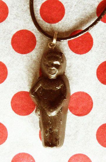 Halssnoer zwart leer (ketting zelf maken).  Maak zelf leuke, originele sieraden met dit zwarte halssnoer. Hang er je favoriete- of zelfgemaakte hanger aan....