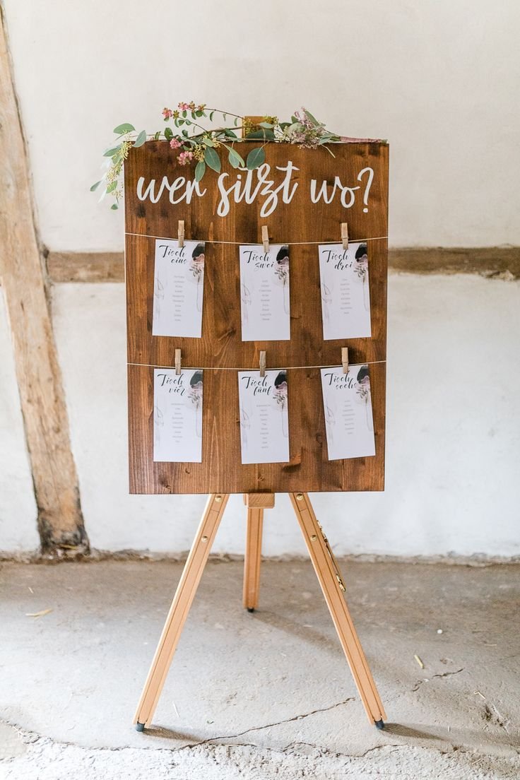 Sitzplan Hochzeit rustikal, Sitzplan Scheunenhochz…